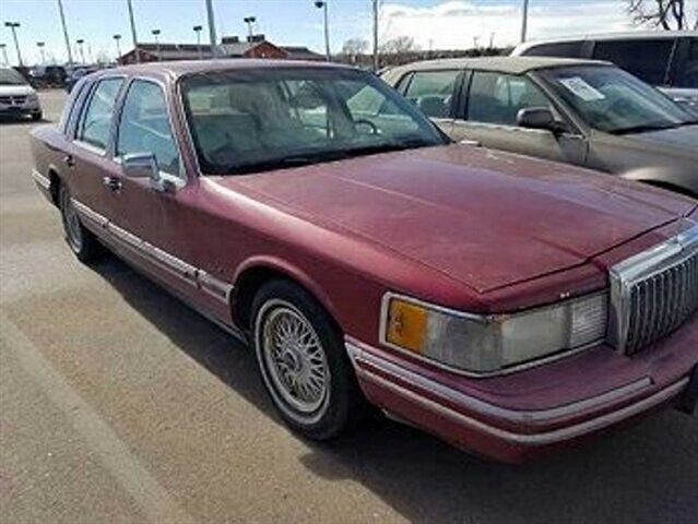 1993 Lincoln Town Car Signature in Denver