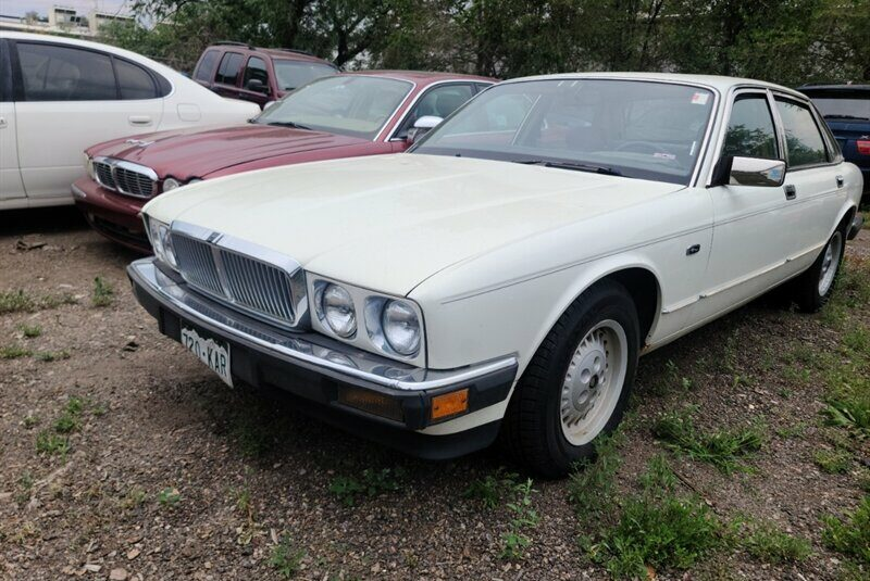 1988 Jaguar XJ8 XJ6 Vanden Plas in Denver